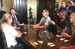 Governador em exercício recebe ministra Damares Alves