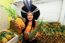 Governo do Amazonas doa 80 toneladas de alimentos para 150 instituições filantrópicas