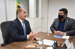 Em Brasília, secretário da Sejusc alinha ações de cidadania com o ministro Onyx Lorenzoni