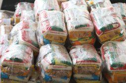 Supermercados doam 200 cestas básicas para pessoas em situação de vulnerabilidade social atendidas pela Sejusc