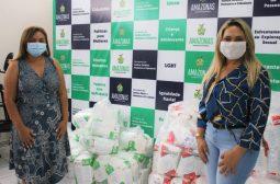 Sejusc entrega 300 fraldas para idosos acamados dos municípios de Nhamundá e Manaquiri